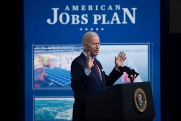 Biden prêt à négocier sur son programme d'infrastructures)