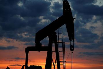 Le pétrole dégringole, le marché se questionne sur la demande)