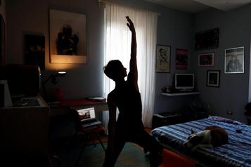 Des studios de yoga passent au virtuel