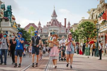 France Disneyland Paris rouvre ses portes)