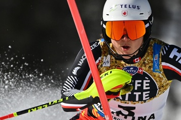 Slalom de Jasna Laurence St-Germain termine dans le top10 )