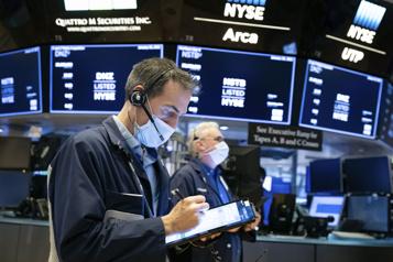 Les marchés boursiers reculent avant la Fed)