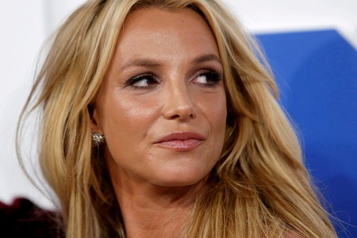 «Traumatisée» Britney Spears demande de lever sa tutelle)