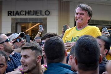 Un fils de Bolsonaro compare l'attentat contre son père au 11-Septembre