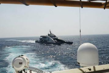 Golfe Persique Les états-Unis dénoncent l'attitude ??agressive?? d'un navire de guerre iranien)