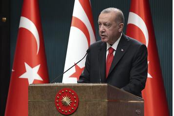 Erdogan caricaturé par Charlie Hebdo Ankara apportera une réponse «judiciaire et diplomatique»)