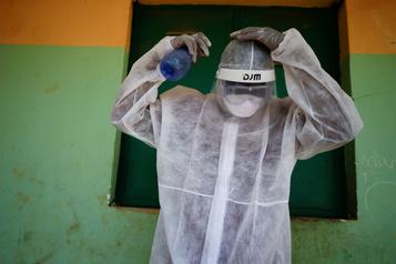 La pandémie galope en Afrique, mais peut encore être contenue)