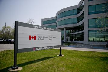 Convention collective: les négociations reprennent à l'Agence du revenu du Canada)