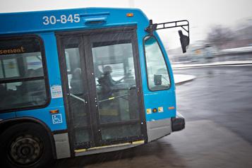 Montréal veut multiplier les voiesde circulation réservées aux autobus