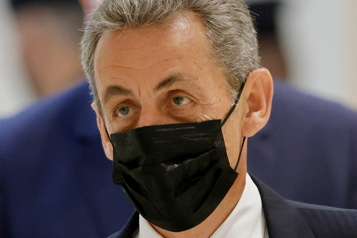 Six mois de prison requis contre Nicolas Sarkozy)
