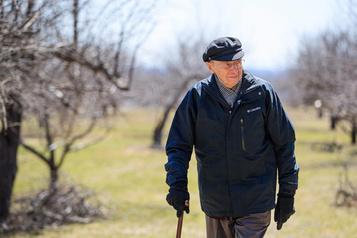 Fernand Dansereau: «La vieillesse est une deuxième adolescence!»)
