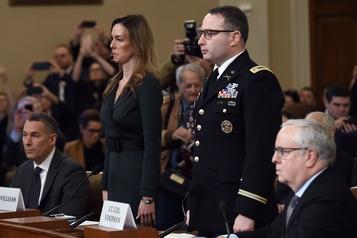 Destitution de Trump: deux témoins clés troublés par l'appel à Zelensky