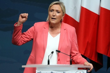 Marine Le Pen veut améliorer son image en vue de 2022)