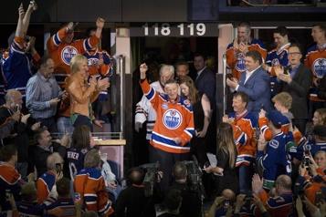 Les funérailles de Walter Gretzky célébrées samedi après-midi)