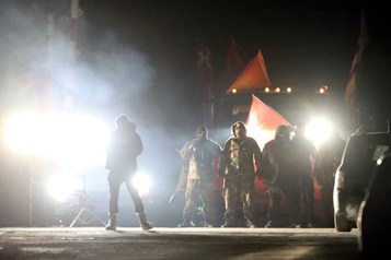 Les Mohawks de Tyendinaga persistent, malgré l'ultimatum