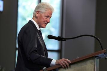 Un nuit supplémentaire à l'hôpital pour Bill Clinton