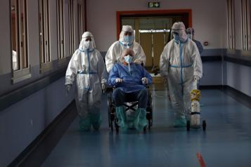 Le bilan de la pandémie dans le monde: plus de 2075000 morts)