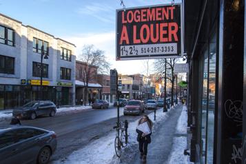 Logements au Canada Des pancartes à louer plus nombreuses)