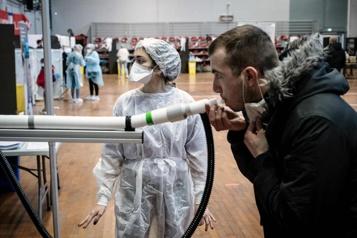 COVID-19 Dépister en soufflant, une expérimentation en cours à Lyon)