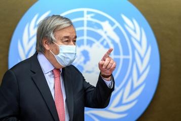 Il est «très important» de discuter avec les talibans, dit le chef de l'ONU)