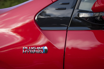 La motorisation hybride est-elle condamnée? )