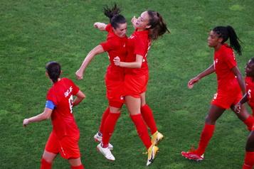 Soccer féminin La finale déplacée en soirée)