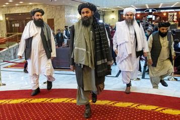 Pourparlers avec les talibans  Poutine inquiet de l'essor de l'État islamique en Afghanistan