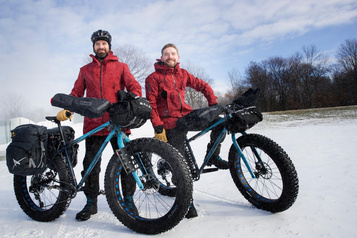 Fat bike : parcourir la Route blanche à vélo