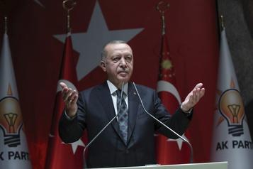 Erdogan menace l'Europe d'un flux de migrants en réponse aux critiques