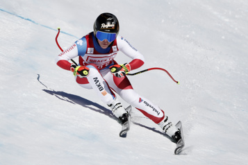 Super-G de Crans-Montana Lara Gut-Behrami triomphe à la maison)