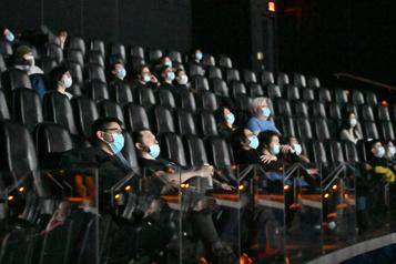 Au Québec La fréquentation des cinémas en baisse de 77%)