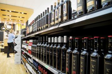 SAQ, 100 ans de vente d'alcool)