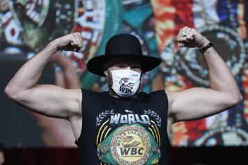 Boxe - poids lourds Fury nettement plus lourd à la pesée que Wilder pour le combat de l'année