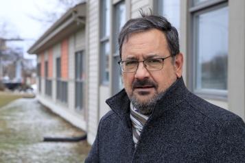 Programme fédéral de logements locatifs Québec solidaire réclame la fin d'une «perte totale de fonds publics»