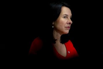 Un Montréalais accusé de menaces de mort contre Valérie Plante)