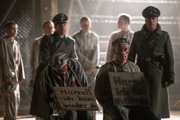 Escape from Auschwitz Manque de constance et de crédibilité ★★★)