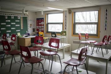 Ventilateurs à l'école: Québec ajuste le tir)