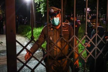 Thaïlande Trois journalistes birmans ayant fui la répression, arrêtés à Bangkok )