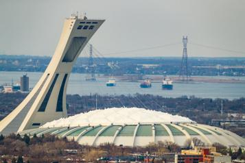 Le Stade olympique n'aura pas de toiture démontable)