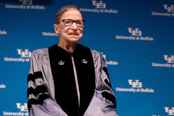 La juge de la Cour suprême américaine Ruth Bader Ginsburg est sortie de l'hôpital)