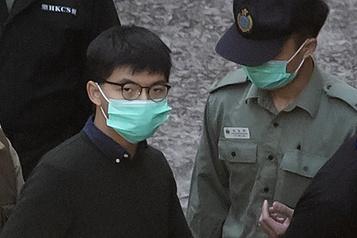 Hong Kong Peines d'emprisonnement pour Joshua Wong et deux autres militants prodémocratie)