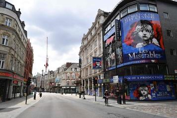 Les théâtres du West End de Londres doivent se réinventer)