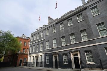 La rénovation de l'appartement de Boris Johnson visée par une enquête)
