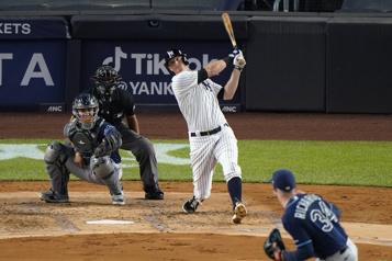 Yankees Un contrat de six ans et 90millions pour DJLeMahieu)