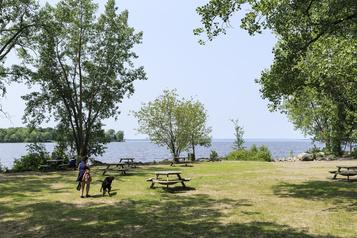 Grand parc dans l'ouest de Montréal: Ottawa injectera 50millions