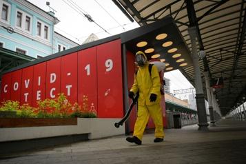COVID-19 Le maire de Moscou tire à nouveau la sonnette d'alarme)