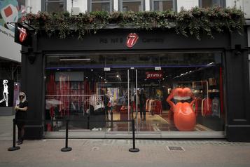 Les Rolling Stones ouvrent un magasin à Londres)