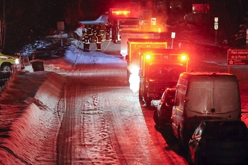 Motoneigistes disparus au Lac-Saint-Jean: un mort, cinq manquent à l'appel