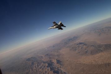 Afghanistan: premières frappes aériennes américaines depuis le cessez-le-feu)