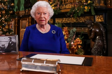 La reine encourage les Britanniques à se montrer à la hauteur
